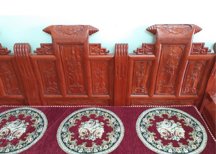 giặt thảm trải ghế gỗ